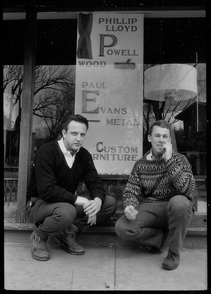 Evans and Powell outside their showroom in NewHope, Pennsylvania, in a photograph of c. 1960. Courtesy of Dorsey Reading.