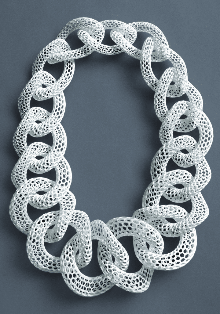 Islet/White neckpiece by Bucci, 2012. Selective laser sintering (glass-filled nylon) and silver; length 20 inches. Philadelphia Museum of Art, purchased with funds contributed by the Young Friends of the Philadelphia Museum of Art.
