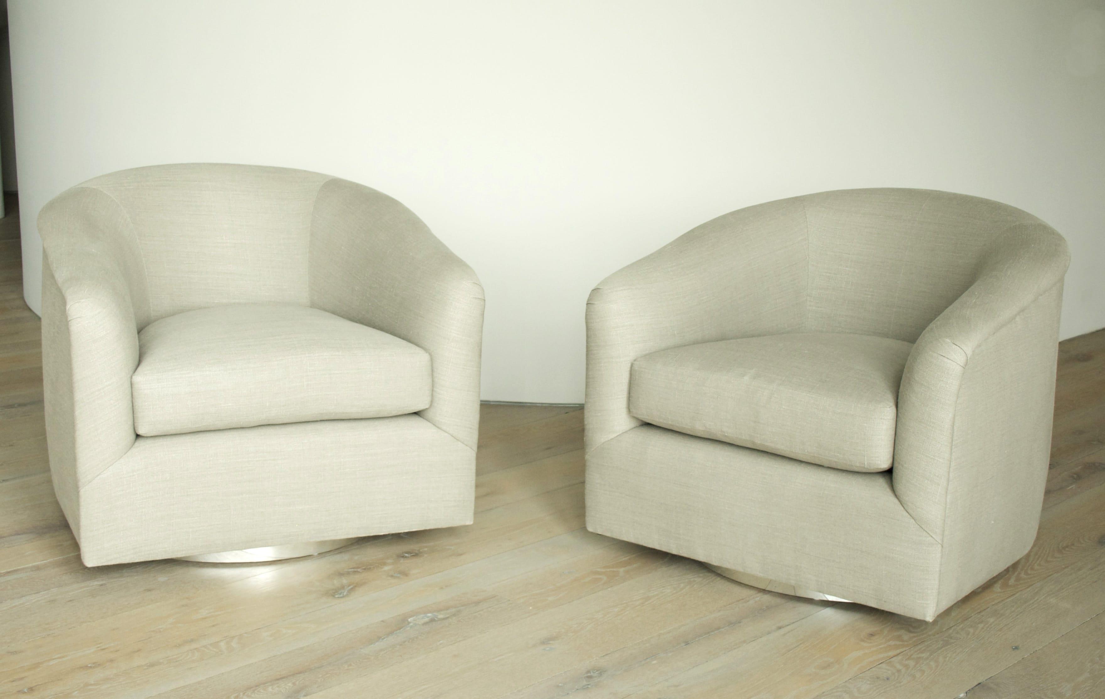 Milo Baughman Pair Of Swivel Chairs ...