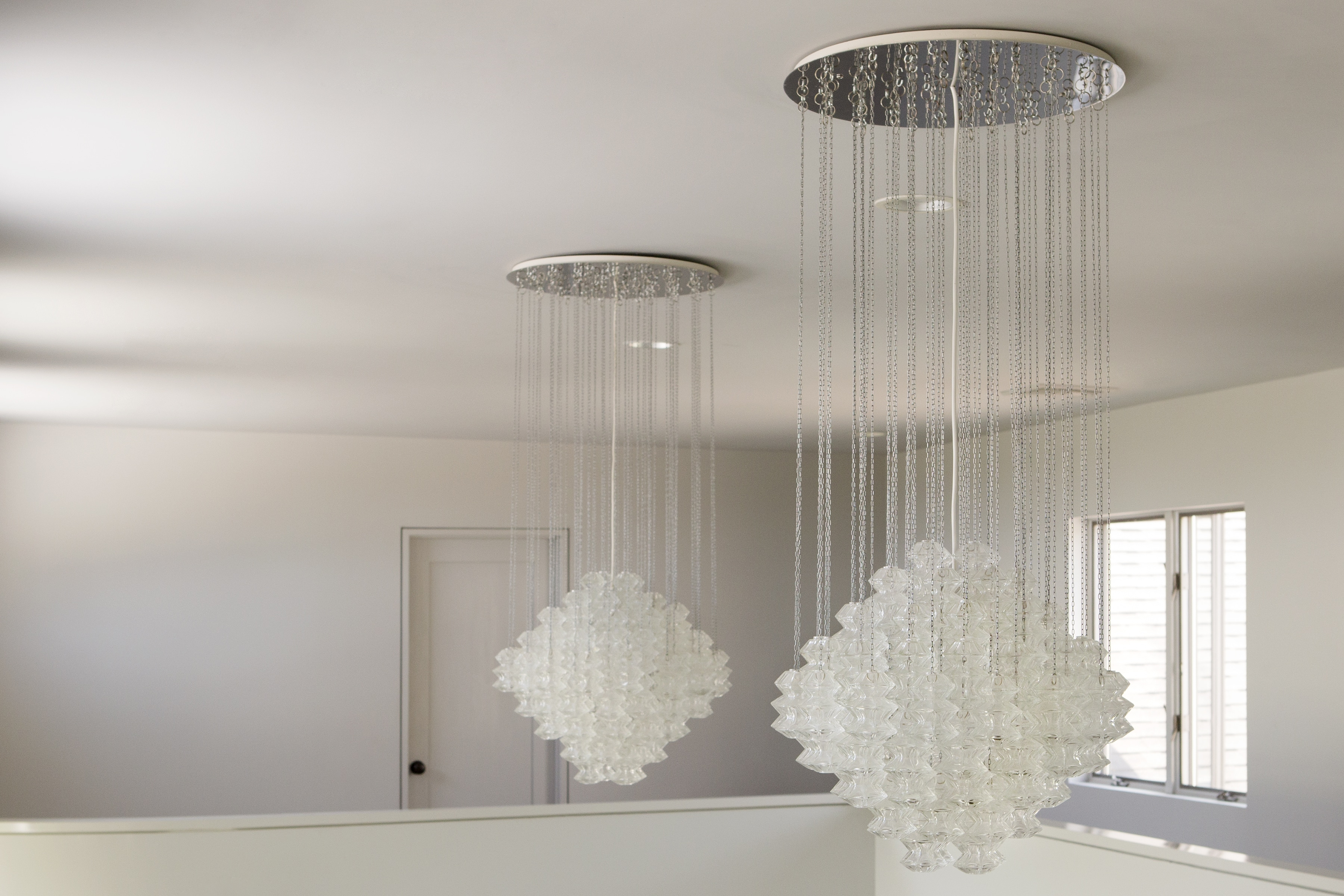 bagues pagoda crystal beaded chandelier gilt five light rock two wonderful tone