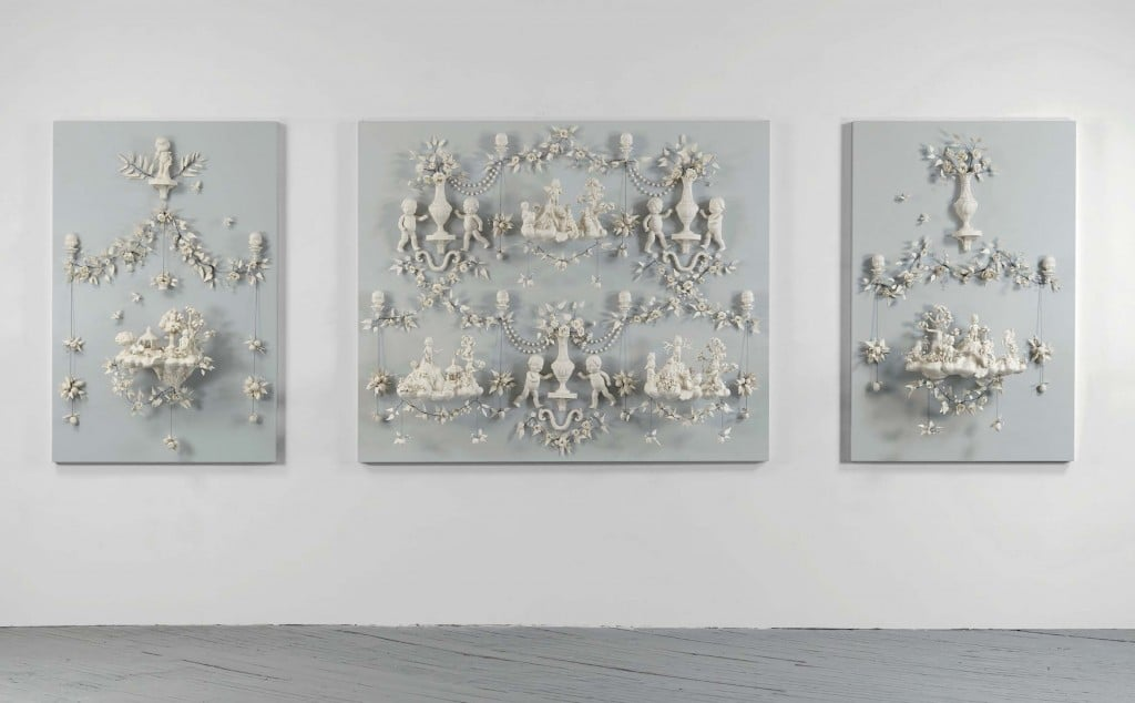 Beth Katleman, Girls at War, 2013, Porcelain and wire, 58 x 174 x 12 inches / 147 x 442 x 30 cm.