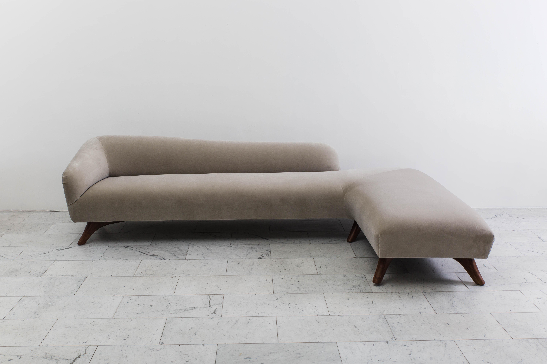 Vladimir Kagan L Shaped Swan Back Sofa USA c 1955